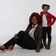 WSU graduate student Ghynecee Temple and daughter