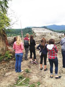 mudslide-interns-look-over-350