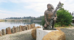 chief-statue-at-park-web