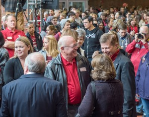 WSU Alumnus Scott Carson talks with guests at the dedication ceremony for the Carson College of Business on October 24.